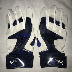 New L NIKE MVP White Blue Baseball Batting Gloves